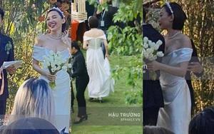 Trái với hình ảnh nổi loạn thường ngày, cô dâu Tóc Tiên dịu dàng e ấp trong mẫu váy cưới tinh giản nhưng độ sexy ná thở vẫn được giữ trọn