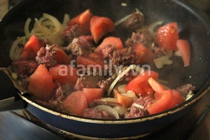 Nui xốt vang đỏ thịt bò đậm chất Châu Âu 11