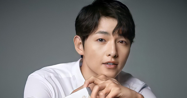 Động thái bất ngờ của Song Joong Ki giữa thông tin lộ nội dung tin nhắn