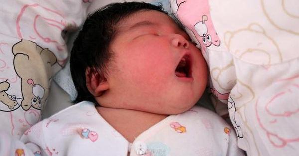 Cân nặng khi sinh có liên quan đến bệnh tim sau này