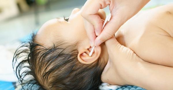 6 việc không nên làm khi trẻ dưới 3 tháng tuổi, nếu không sẽ gây nguy hiểm cho sự phát triển của trẻ