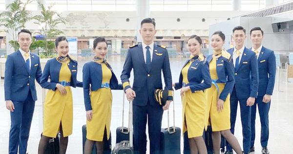 Xuất hiện hình ảnh đầu tiên của dàn tiếp viên hàng không và chiếc máy bay hãng Vietravel Airlines