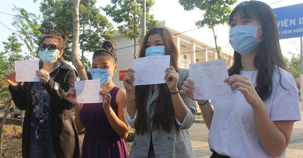 Hình ảnh 4 nữ bệnh nhân nhiễm Covid-19 tại TP.HCM xuất viện
