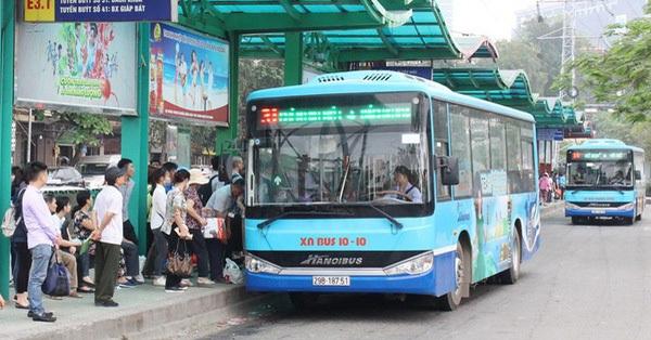 Hà Nội huy động 100 xe buýt đưa người hết cách ly về địa phương