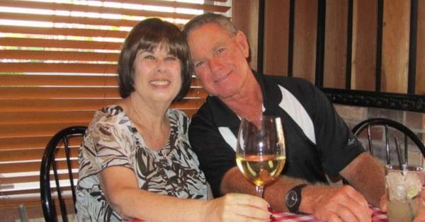 Cặp vợ chồng chung sống 52 năm, chết cách nhau chỉ...