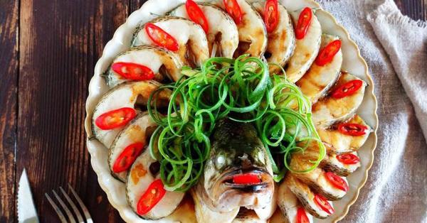 Bữa tối không dầu mỡ với món cá hấp