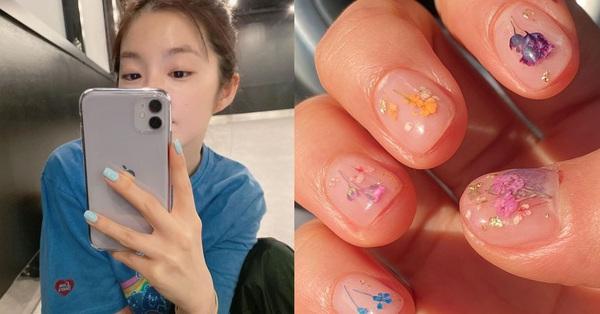 Loạt mẫu nail chào Hè đẹp xuất sắc của sao châu Á, kiểu nào cũng