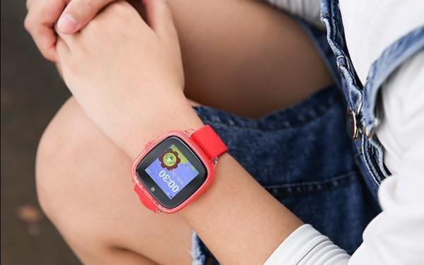 Đồng hồ định vị trẻ em Myfirst: Bé vui chơi an toàn, bố mẹ yên tâm