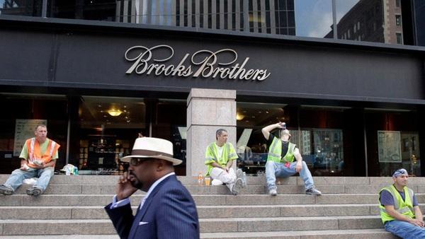 Từ Brooks Brothers gục ngã vì COVID-19, đến dấu chấm hết cho thời trang