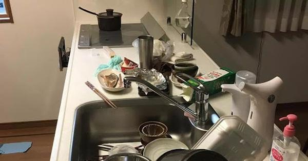 Vợ nhờ rửa bát, chồng hất tung mâm khẳng định: