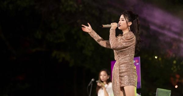 Nhạc sĩ Dương Cầm khẳng định Dương Hoàng Yến là một trong những ca sĩ hát nốt cao hay nhất Việt Nam