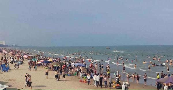 Thanh Hóa: Tắm biển lúc sáng sớm, 1 du khách đến từ Hà Nội và cán bộ biên phòng đuối nước thương tâm