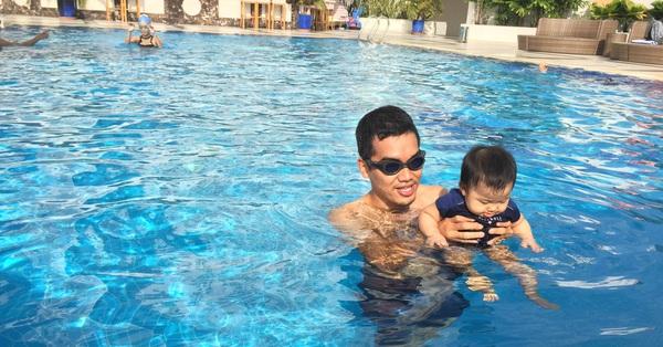 Con sắp nghỉ hè rồi, đây là 8 địa chỉ học bơi uy tín ở Hà Nội cho trẻ, cha mẹ nên tham khảo ngay