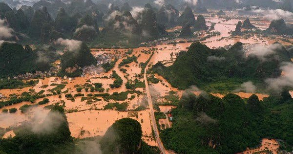 Lũ lên cao, Trung Quốc gồng mình hứng thêm đợt mưa lớn mới