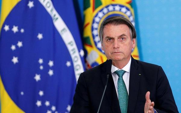 Tổng thống Brazil hủy các sự kiện trong tuần vì nghi mắc Covid-19
