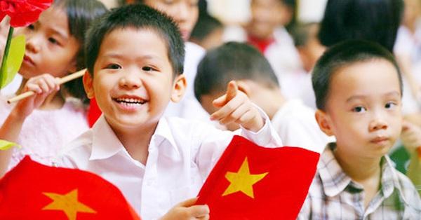 Phụ huynh chưa hết vui mừng vì học sinh được nghỉ hè dài, trường tư thục lại đề xuất tựu trường sớm 1 tháng so với trường công