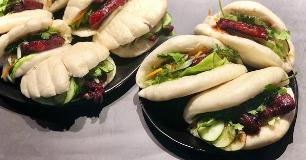 Cuối tuần rảnh thử làm bánh bao kẹp thịt kiểu Đài Loan xem, chắc chắn ai ăn cũng sẽ khen nức nở