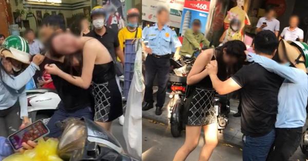 Cô gái đi xe sang LX570 bị đánh ghen trên phố: