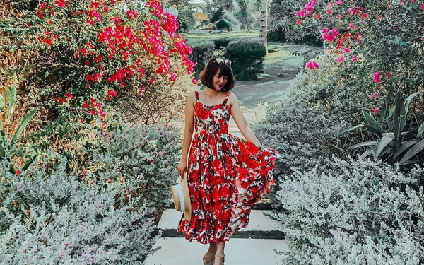 Phát hiện thiên đường sống ảo với background hoa cỏ...
