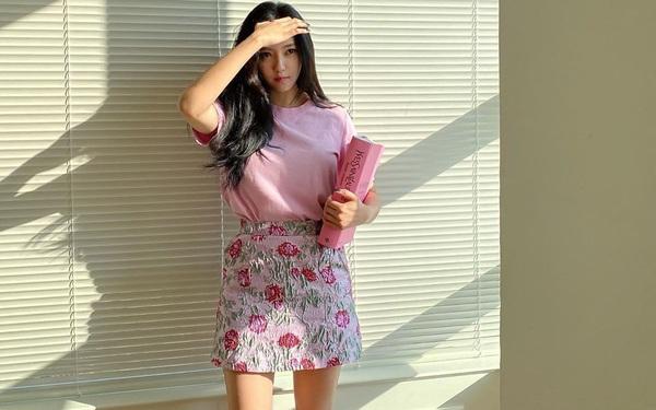 11 set đồ đời thường xinh trẻ của sao Hàn chính là ý tưởng mặc đẹp cho các nàng ngày cuối tuần