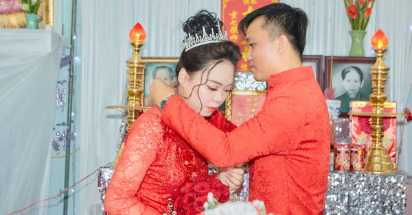 Bạn muốn hẹn hò: Chàng trai cưới được vợ xinh chỉ sau 5 tháng kết đôi, nhìn đám cưới ai cũng hạnh phúc thay