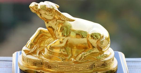 ''Săn'' quà mạ vàng: Cẩn thận mua vàng giả bằng tiền thật