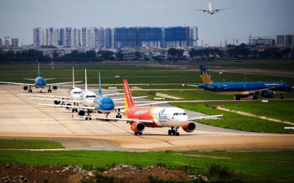 Bán vé máy bay Tết vượt quá số lượng, nhiều hãng bị Cục Hàng không