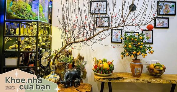 Căn hộ 56m² ấm nồng sắc xuân với cả trăm cây bonsai và hoa ngập tràn ở Hà Nội