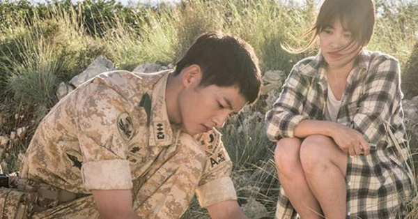 Bộ ảnh Song Joong Ki - Song Hye Kyo hạnh phúc trong