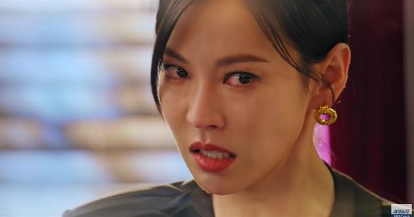 Cuộc chiến thượng lưu tập 5: Bị Seok Kyung công kích, Seo Jin trả đũa lấy cúp nhọn cắm vô đầu đến chết?