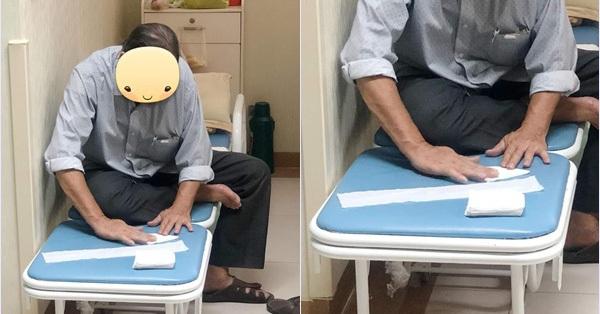 Cụ ông cặm cụi ngồi gấp giấy vệ sinh trong góc phòng bệnh viện hàng ngày, biết lý do đằng sau ai cũng cảm động
