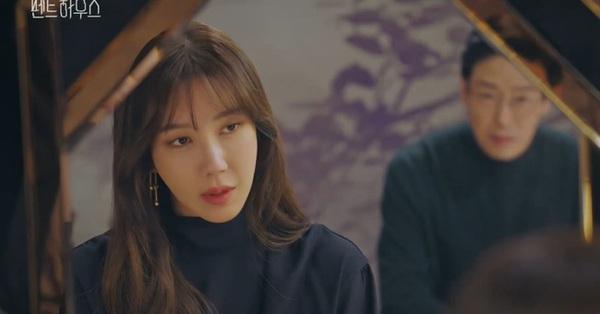 Cuộc chiến thượng lưu phần 2: Su Ryeon (Lee Ji Ah) chính thức quay lại với thân phận khác, đã được tung