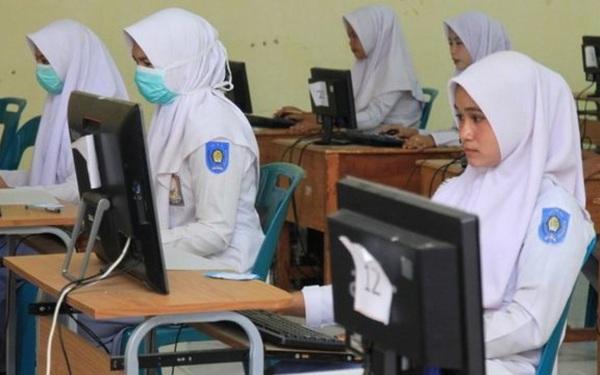 Indonesia bỏ kỳ thi quốc gia vì đại dịch Covid-19