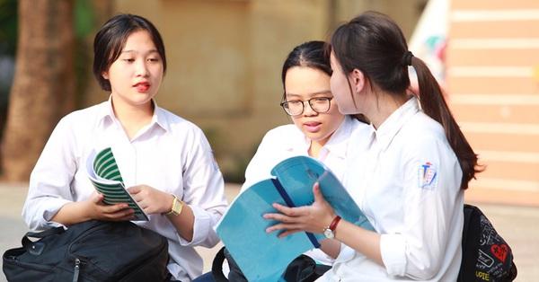 Đề thi và đáp án tuyển sinh lớp 10 ở Hà Nội 3 năm gần nhất, học sinh 2005 xem ngay và làm thử để có phương án luyện thi tốt