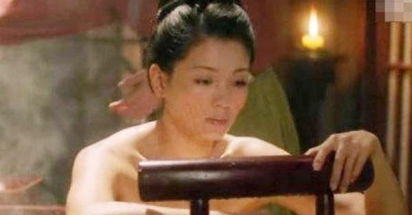 Vừa lộ cảnh nóng nhạy cảm, Lưu Đào đã bị chê đô con, xấu xí, lập tức nữ diễn viên có động thái đáp trả