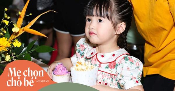 Sinh nhật 1 tuổi diện váy hiệu 11 triệu đồng, sinh nhật năm nay con gái Hoa hậu Đặng Thu Thảo diện chiếc váy có giá thế nào?