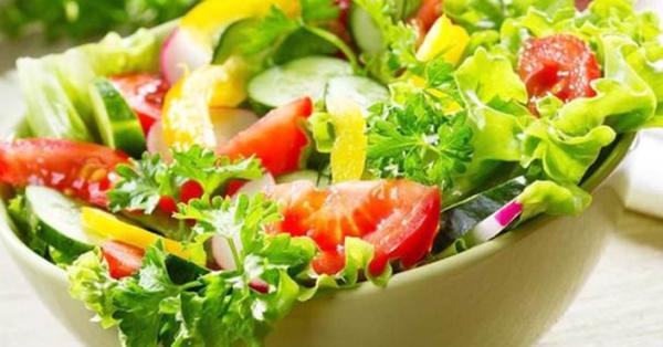 Mách chị em cách làm salad thơm ngon, lạ miệng:  Muốn giảm cân thì cứ món này mà