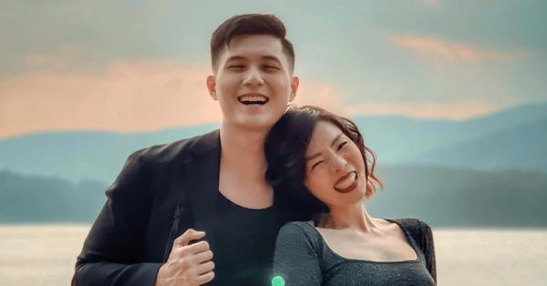Lệ Quyên công khai ảnh cực kỳ tình tứ nhân ngày sinh nhật Lâm Bảo Châu, tiết lộ khoảnh khắc đặc biệt của cả hai