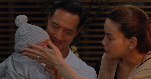 Hồ Ngọc Hà tung loạt ảnh xúc động bên Kim Lý và các con, xin lỗi Subeo - Lisa - Leon vì điều này