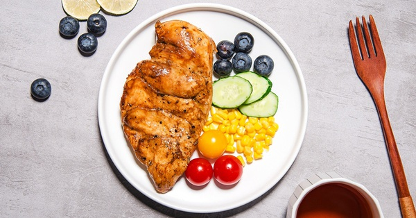 Ức gà thì ai giảm cân cũng biết, nhưng cách chế biến ức gà để ăn nhiều không chán thì các chị nhất định phải xem bài viết này!