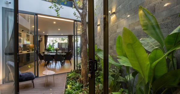 Ngôi nhà nằm sâu trong ngõ nhỏ gần gũi với thiên nhiên dành cho 3 thế hệ ở Hội An