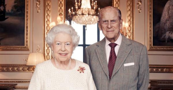 Con dâu kể phút cuối đời của Hoàng tế Philip, Nữ hoàng Anh lần đầu nói về cảm xúc mất đi bạn đời