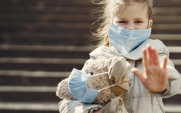 Giúp bé tăng cường đề kháng và miễn dịch qua mùa