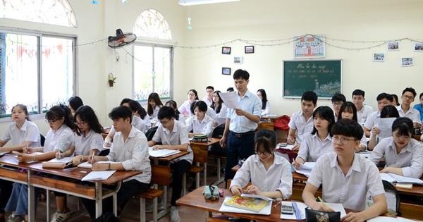 Mới: Toàn bộ học sinh lớp 12 phải làm bài thi khảo sát vào ngày 11 và 12/5