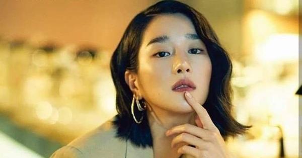 """Không chỉ """"giật dây, điều khiển"""" bạn trai, """"điên nữ"""" Seo Ye Ji bị khui lại quá khứ thường xuyên tát bạn học trước mặt mọi người"""