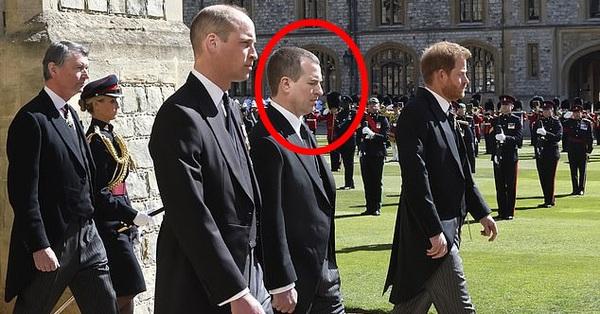 Rò rỉ thông tin Hoàng tử William yêu cầu anh họ đi giữa mình và em trai Harry, không có dấu hiệu tích cực cho mối quan hệ của 2 anh em?