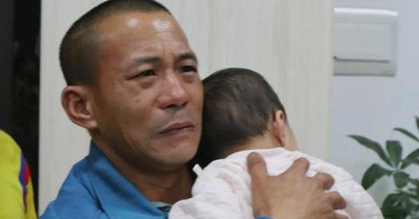 Cả tin giao con cho bạn gái mới quen, người bố đau đớn trải qua 42 tiếng sống không bằng chết, suýt hối hận không kịp