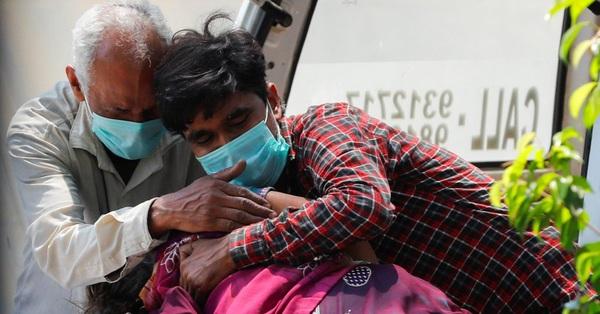 Địa ngục trần gian Covid-19 ở Ấn Độ: Hít thở cũng là điều xa xỉ ngay lúc này và lời khẩn cầu