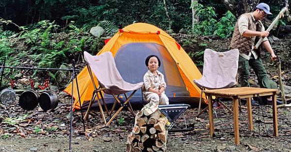 Bỏ túi vài món này, bố mẹ yên tâm cho con đi cắm trại, ngủ lều qua đêm mà chẳng sợ ốm đau