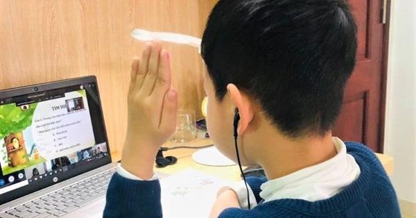 Diễn biến dịch Covid-19 phức tạp, Hà Nội ra công điện khẩn về việc dạy học trực tuyến